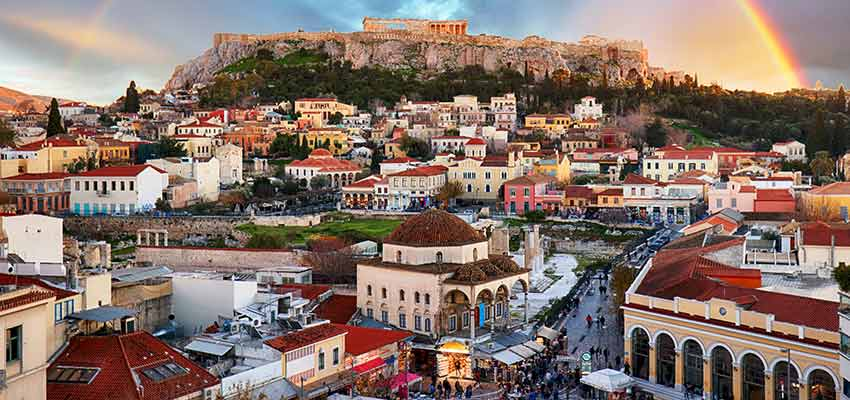 The famous Monastiraki shopping area under the Acropolis of Athens